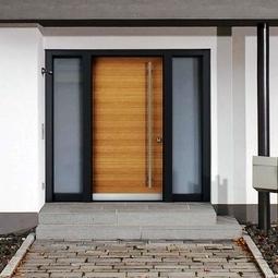 Haustüren und Eingangsanlagen aus Holz